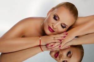 fotenie fotografka atelier Moni Kucharová fotografovanie glamour fotografií glamour foto
