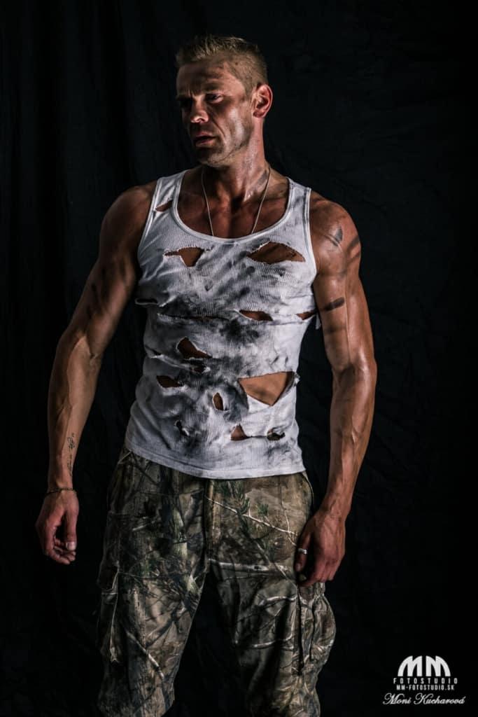 Moni Kucharová bratislava umelecké fitness foto fotenie mužov módne