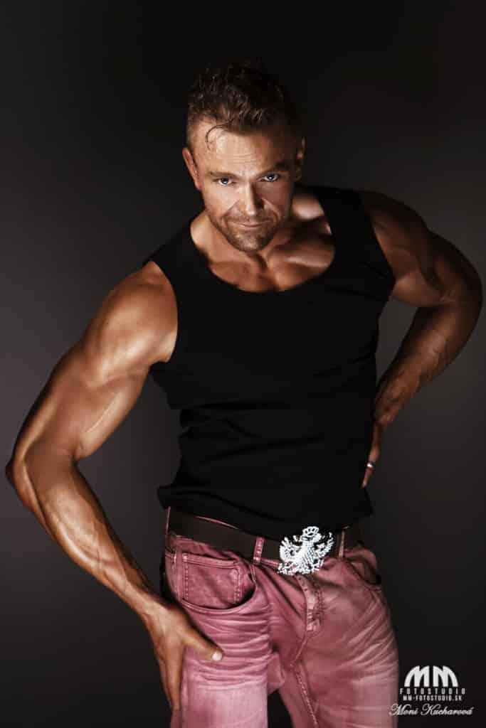 fotenie fitness foto fotenie pánov fotoštúdio ateliér fotenie mužov