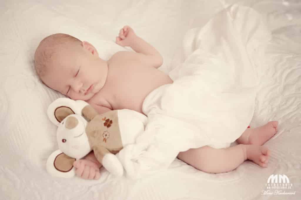 fotografka   profesionálny fotograf Bratislava novorodencov profesionálne fotenie atelier