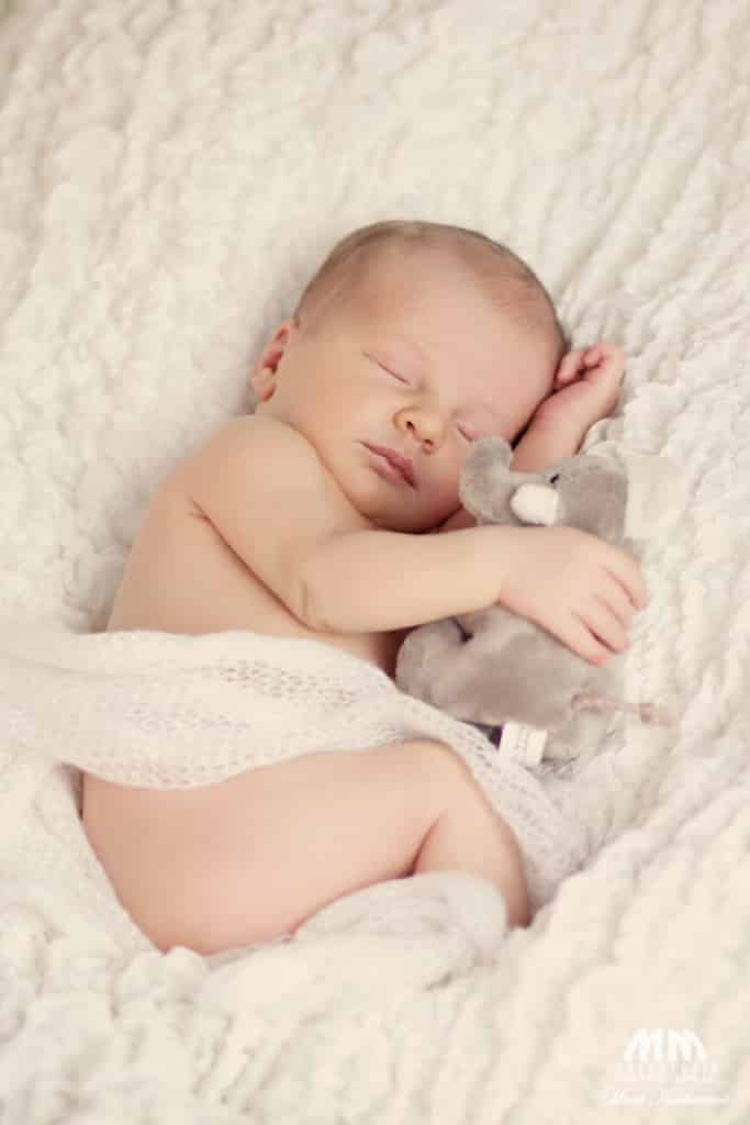 Moni Kucharová novorodencov fotografka fotenie novorodencov bratislava fotoštúdio novorodenecke fotenie bratislava