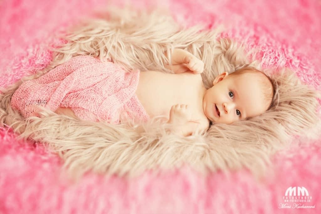 foto novorodencov Moni Kucharová bratislava novorodenecké fotenie   fotografka