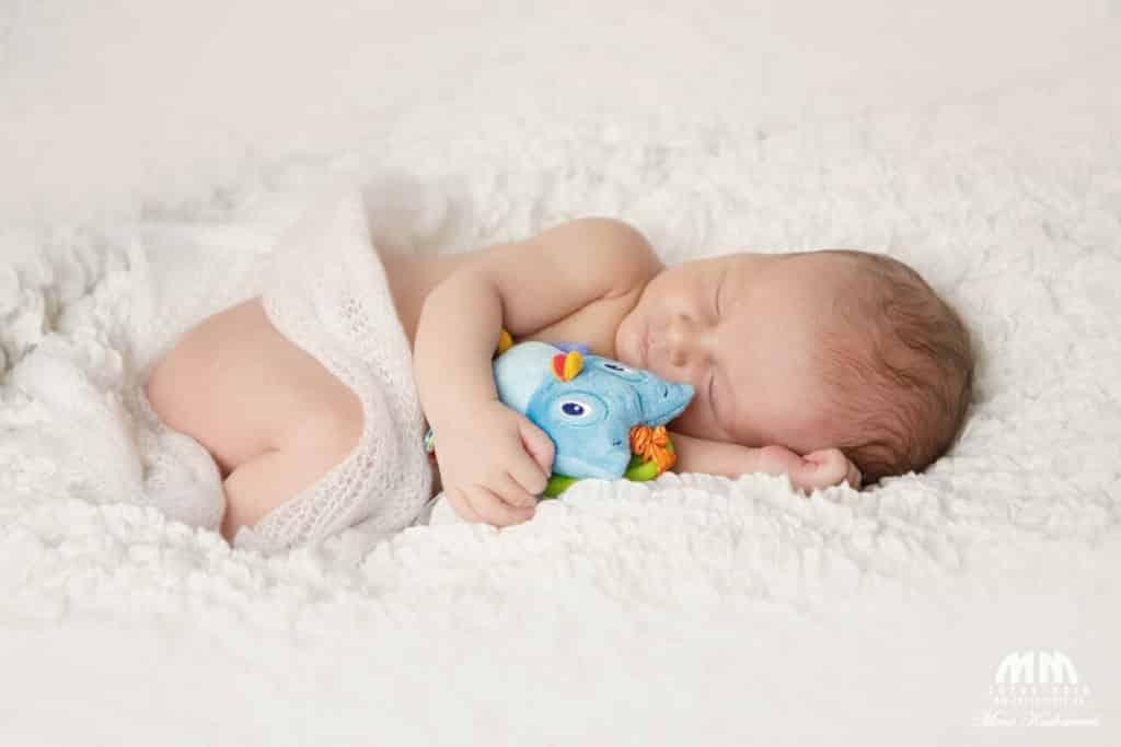 fotografka novorodenecké fotenie bratislava fotenie doma fotenie novorodencov bratislava Moni Kucharová