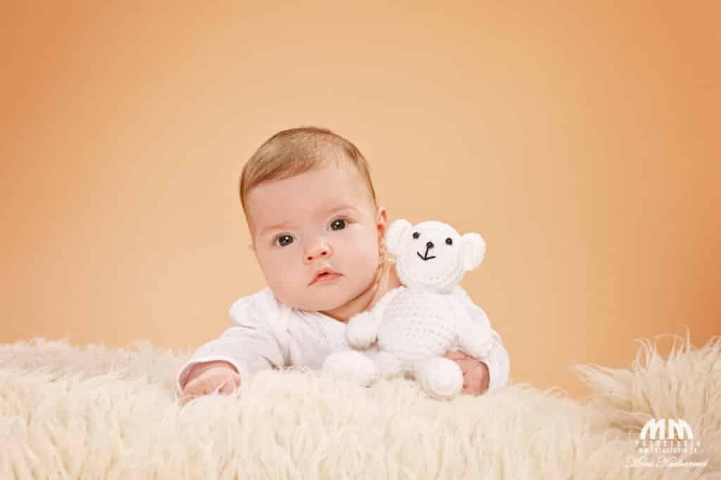 profesionálne fotenie fotoštúdio Moni Kucharová fotenie doma fotografka fotenie detí
