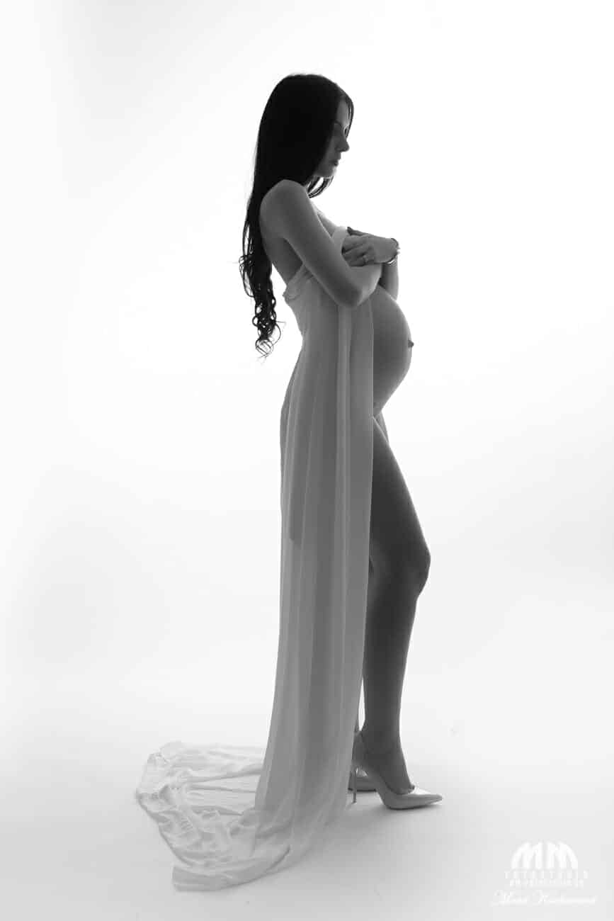 tehotenske fotenie bratislava fotenie tehuliek tehu fotky tehotenske fotky atelier fotograf