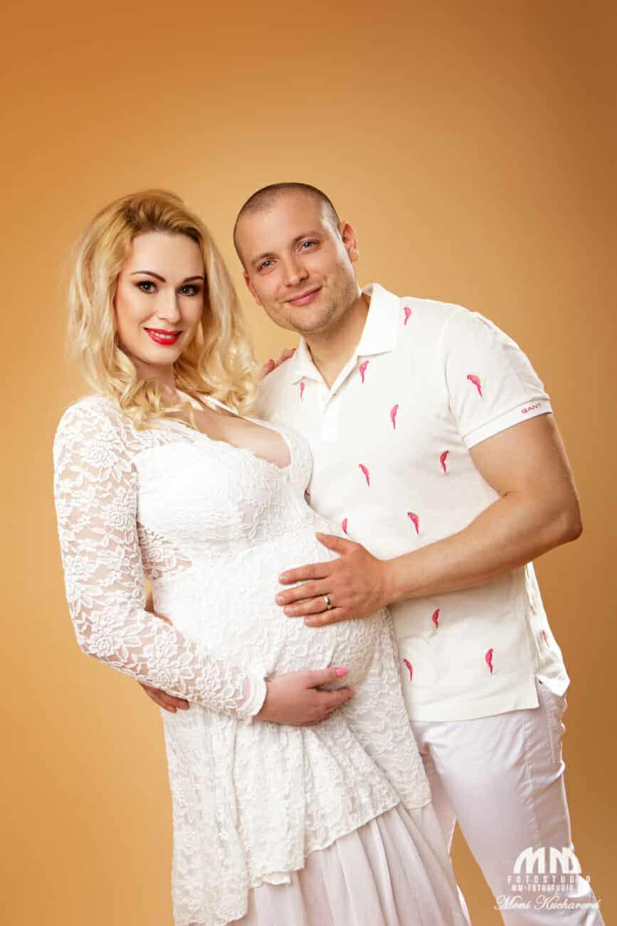tehotenské fotenie Bratislava Moni Kucharová fotografka tehotenske fotky tehulky tehu