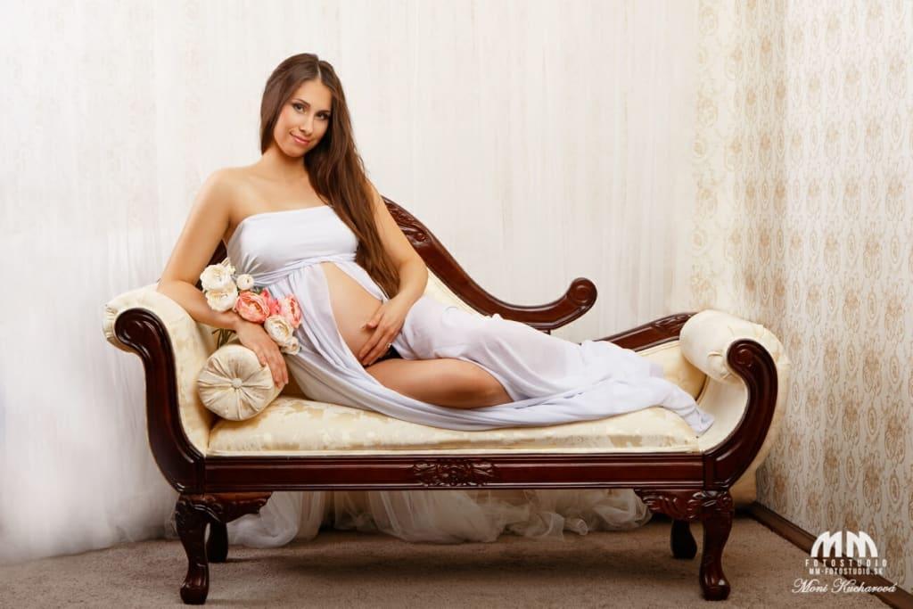 atelier tehotenské fotenie fotenie bruska maminy profesionálny fotograf Bratislava tehotenske fotky