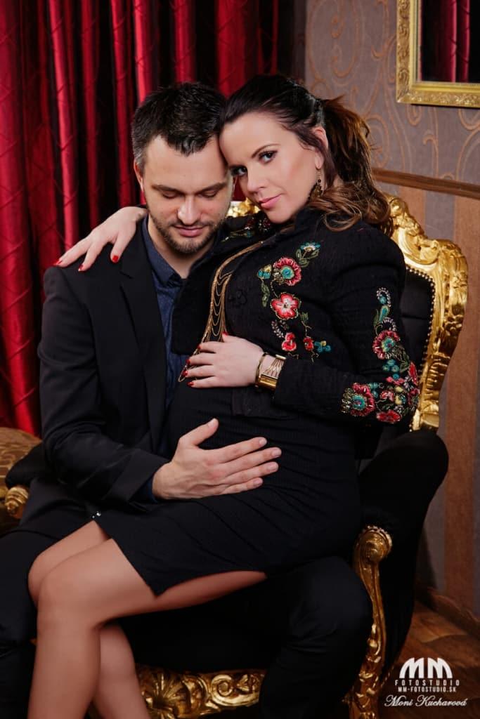profesionálne fotenie Bratislava tehotenske fotky fotoštúdio tehulky fotenie bruska tehotenské fotenie