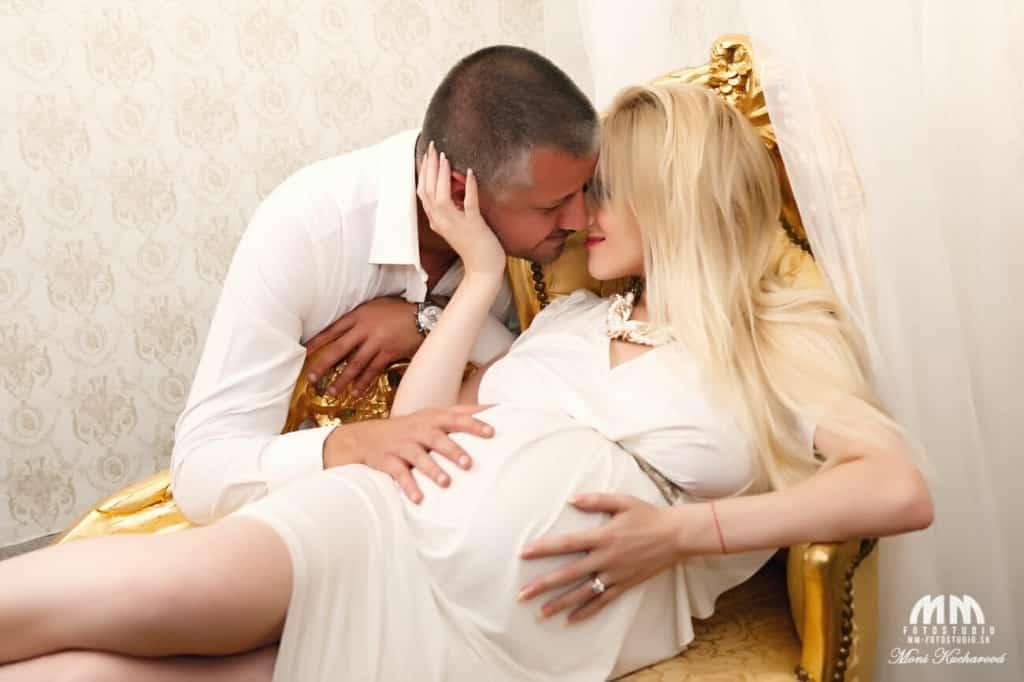 Moni Kucharová tehotenske fotky tehulky fotenie doma Tehotenské fotografie fotenie tehuliek