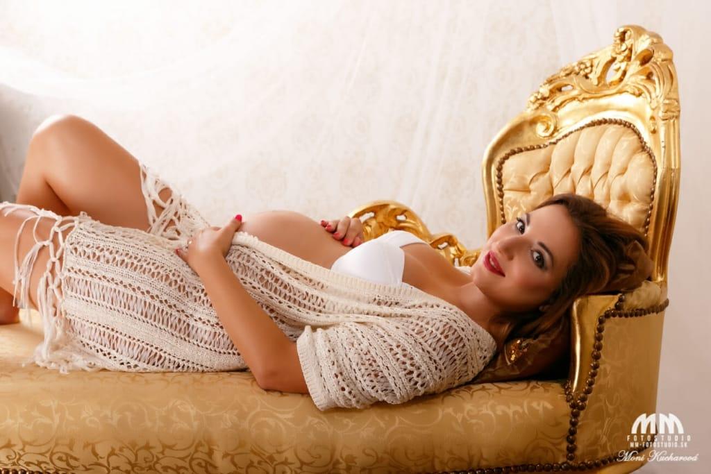 atelier tehulky fotografka Moni Kucharová fotenie tehuliek tehotenské fotenie