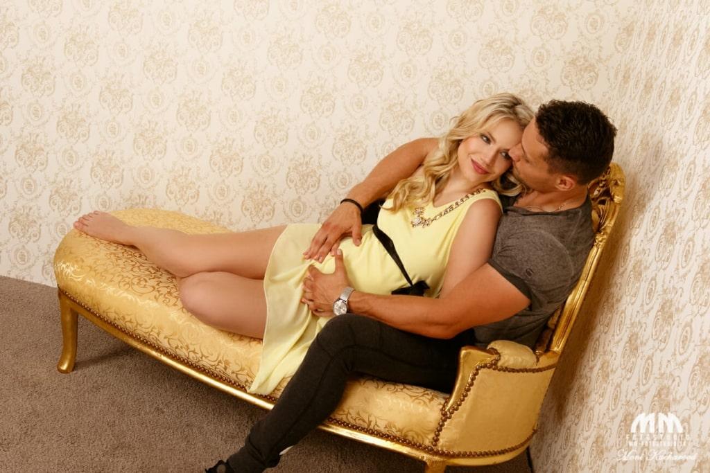 profesionálny fotograf Bratislava tehotenske fotky fotenie doma tehulky fotenie bruska maminy