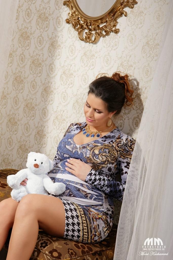 maminy fotenie doma Tehotenské fotografie profesionálne fotenie Bratislava fotografka profesionálny fotograf Bratislava