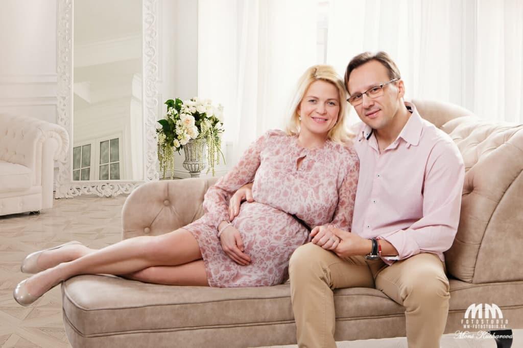 Tehotenské fotografie fotoštúdio fotenie tehuliek maminy fotenie bruska tehotenske fotky