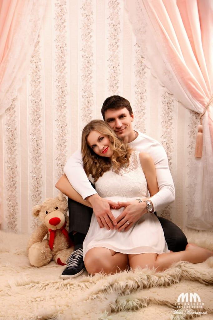 fotenie bruska tehulky fotografka maminy profesionálny fotograf Bratislava fotenie doma