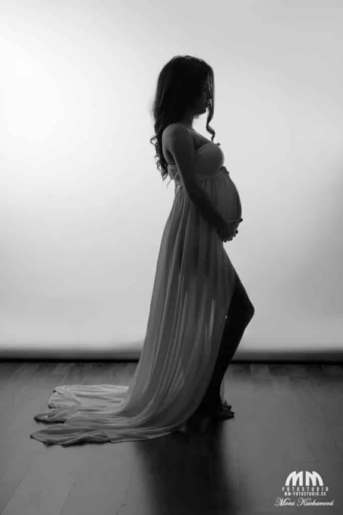 Tehotenské fotografie fotenie bruska fotoštúdio fotenie tehuliek atelier tehulky