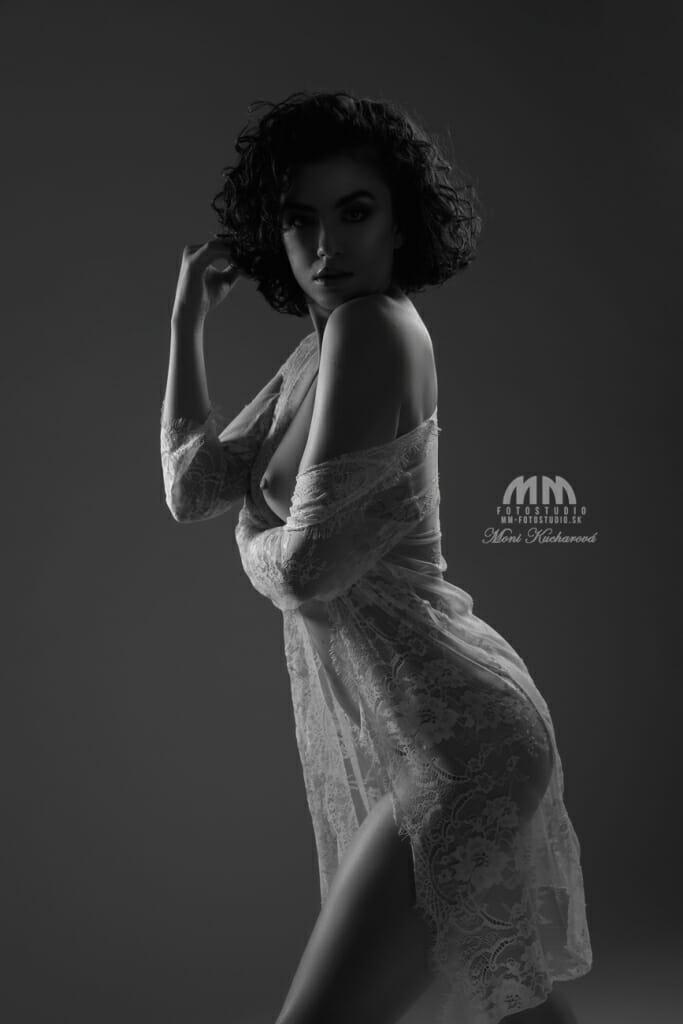 Fotenie umeleckých aktov - ženské akty - sensual nude art